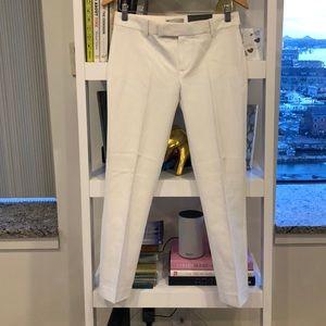 Gap Slim Crop Pants in White 👌🏼✨⚡️